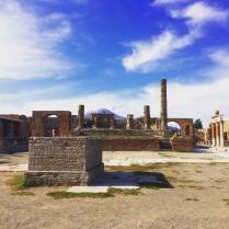 La beauté d'une ville détruite : découverte de Pompéi & du Vésuve